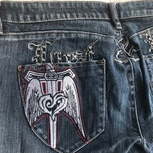 Pepe jeans London size 34 with embroidered pockets